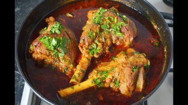 CURRY FLAVOURED LAMB SHANK