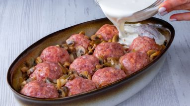 I was INSPIRED for the lunch - A PUDDING made of meatballs with SURPRISE